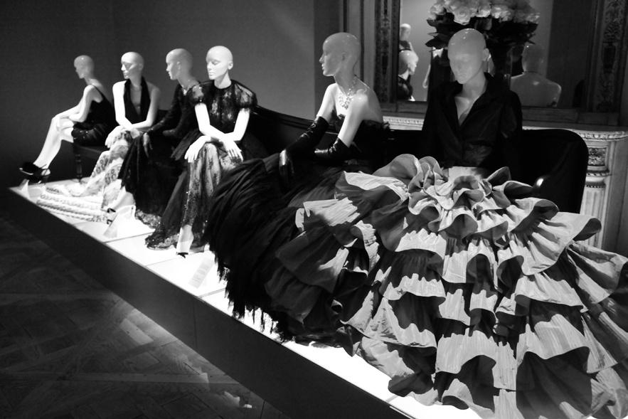 little black dress exposition paris 2013