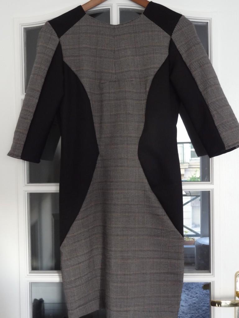 robe graphique 003