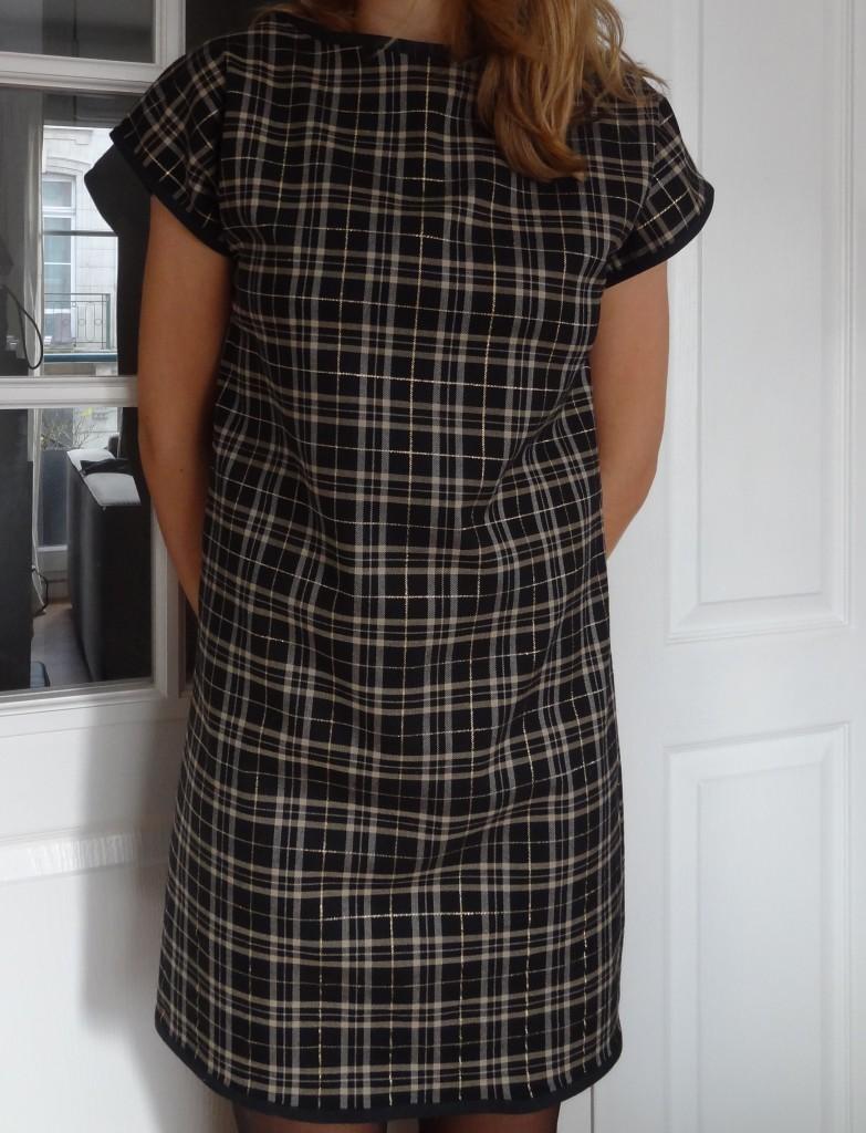 robe noire et doree (3)