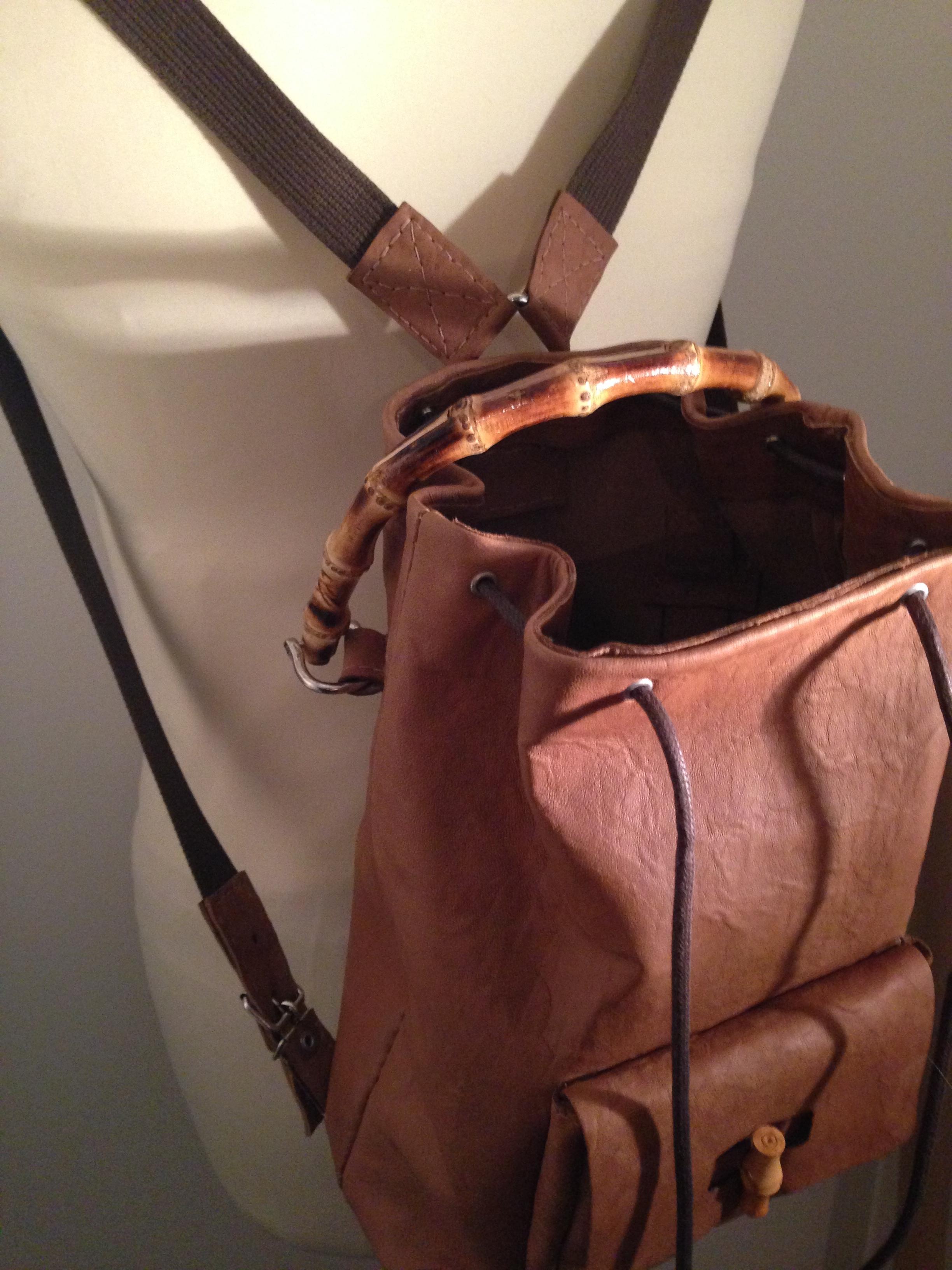 couture coudre un sac dos en cuir lagouagouache. Black Bedroom Furniture Sets. Home Design Ideas