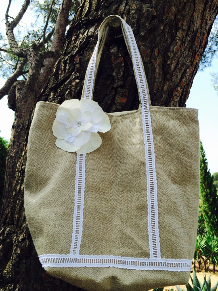 sac avec broderie (3)