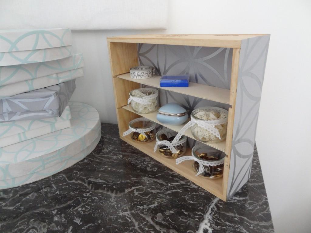 la chronique d 39 aur lie 87 mes rangements couture sp cial papier peint lagouagouache. Black Bedroom Furniture Sets. Home Design Ideas